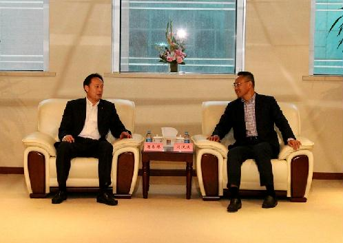 Liu Hanbo, Managing Director met with Xie Chunlin, General Manager of China Merchants Energy Shipping